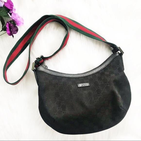 7f86f6be956 Gucci Handbags - Gucci GG Black Canvas Messenger Bag with Web Strap